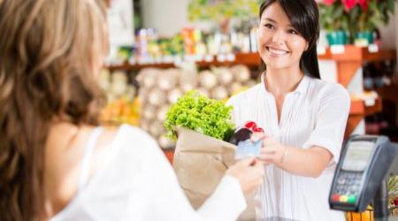 75% россиян готовы купить товар дороже, если продавец вежлив